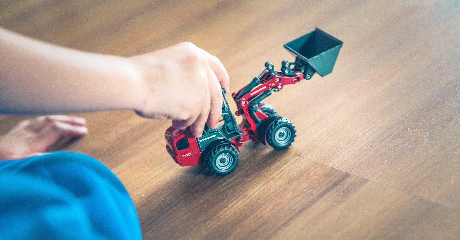 Brincar Sozinho  – 6 Pistas Para Estimular A Autonomia Do Seu Filho